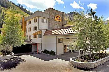 Red Wolf Lodge at Squaw Valley Olympic Valley, California