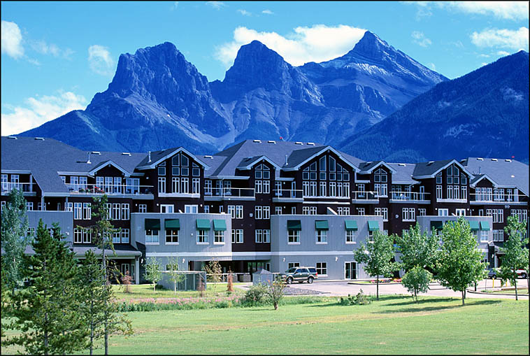 Sunset Resorts - Canmore Canmore, AB